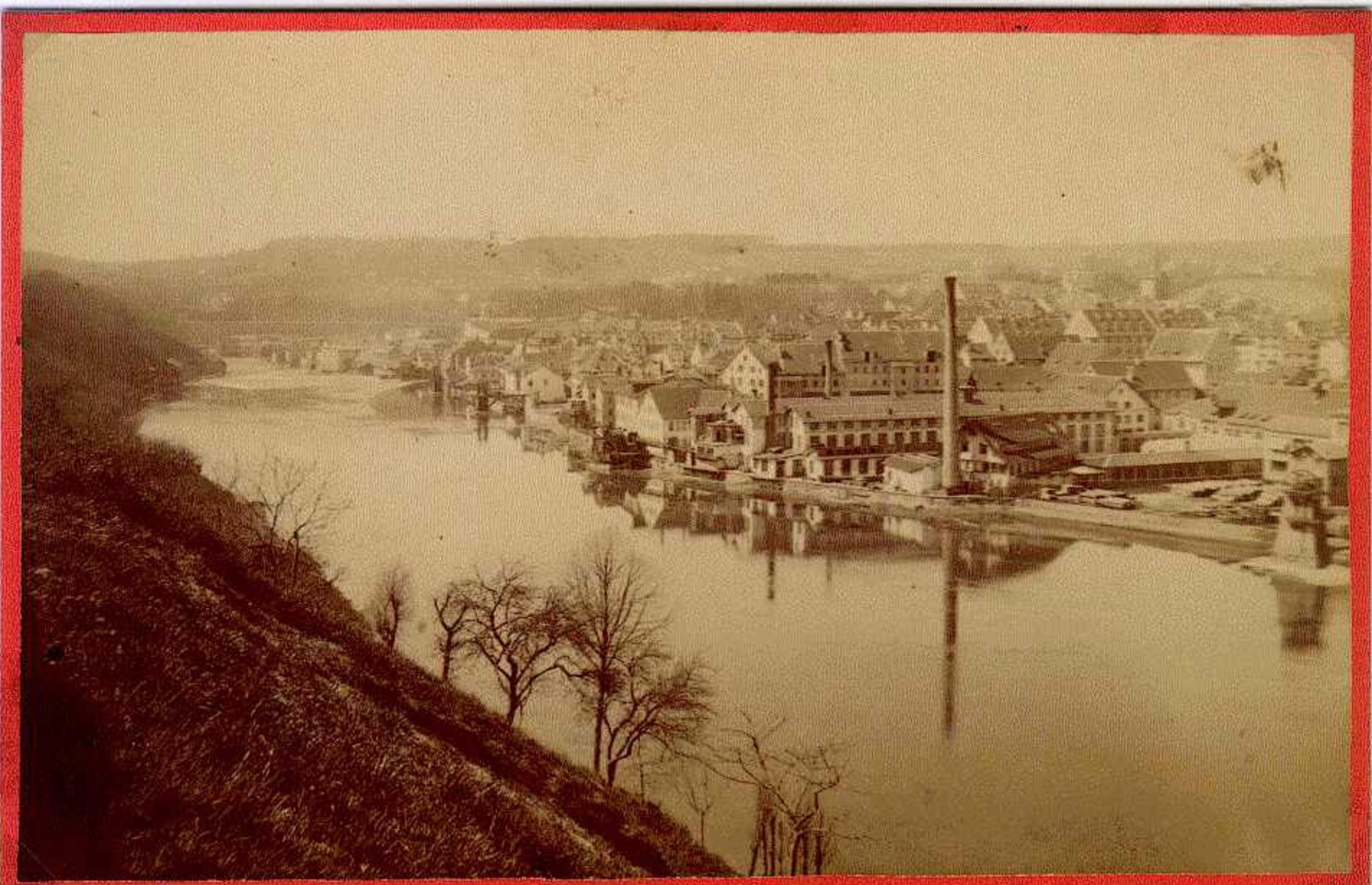 Blick vom Schaffhauser St. JBlick von Feuerthalen auf das Kammgarnareal. Solange die Industrie quasi in Sichtweite war, war Feuerthalen als Wohnort der Arbeiter privilegiert.ohann-Turm nach Feuerthalen um 1900.